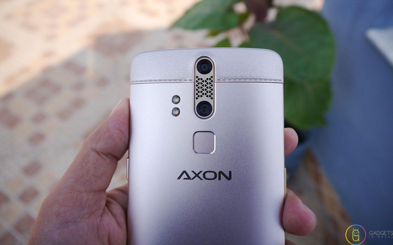 ZTE Axon Elite Camera